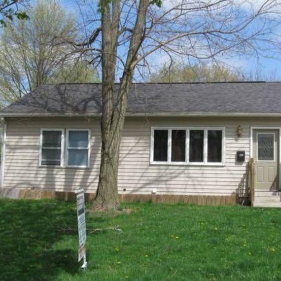 2750 Dalewood Ave SE, Cedar Rapids, IA 52403